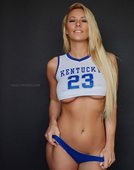 Ex-Soldier Kindly Myers Pulls Down Underwear For College Basketball Cheer