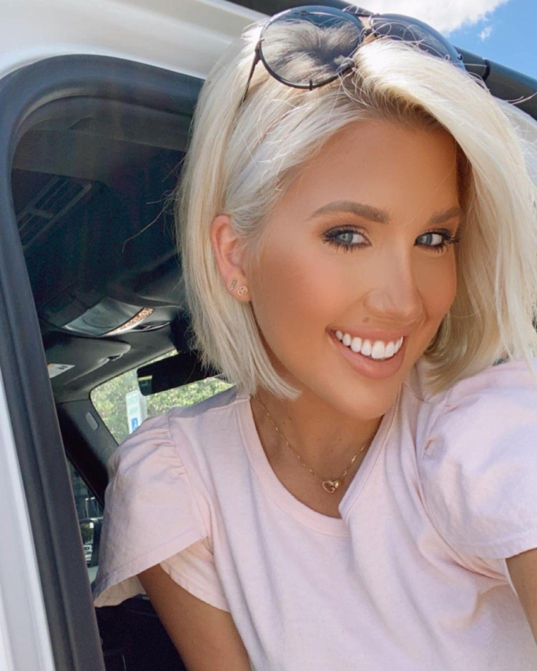 Savannah Chrisley car selfie
