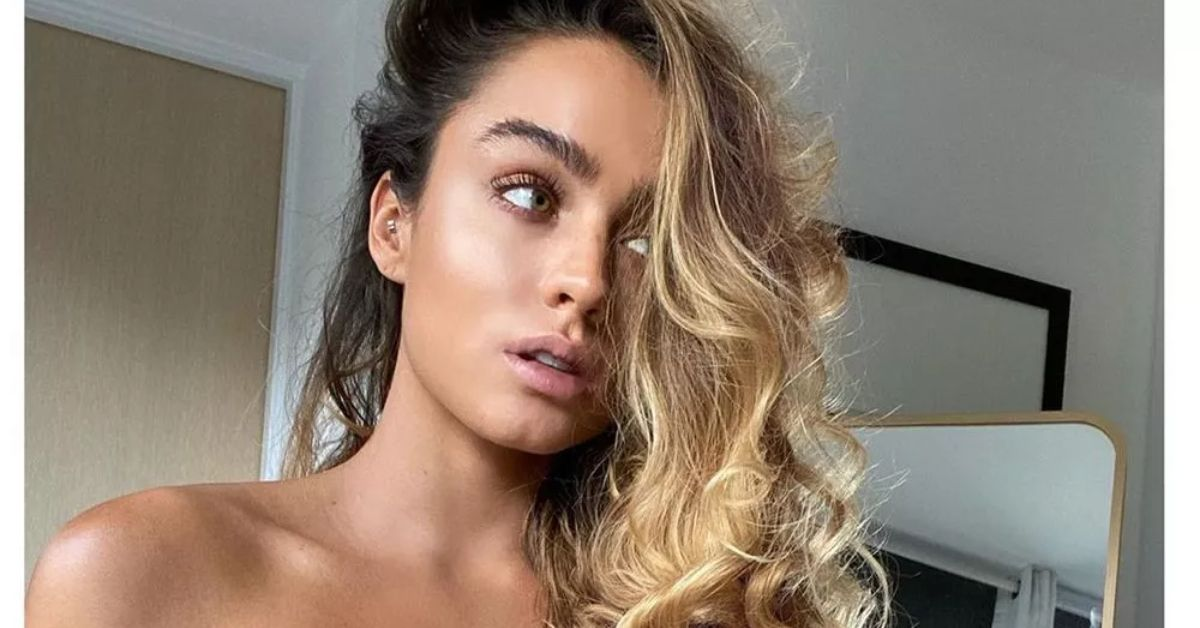 Mjh5Q3QwcHZwc3Q5dGd4Wm94TEsuanBn Sommer Ray Demands Attention With Drenched Bikini And Unicorn Hose 8211 The Blast