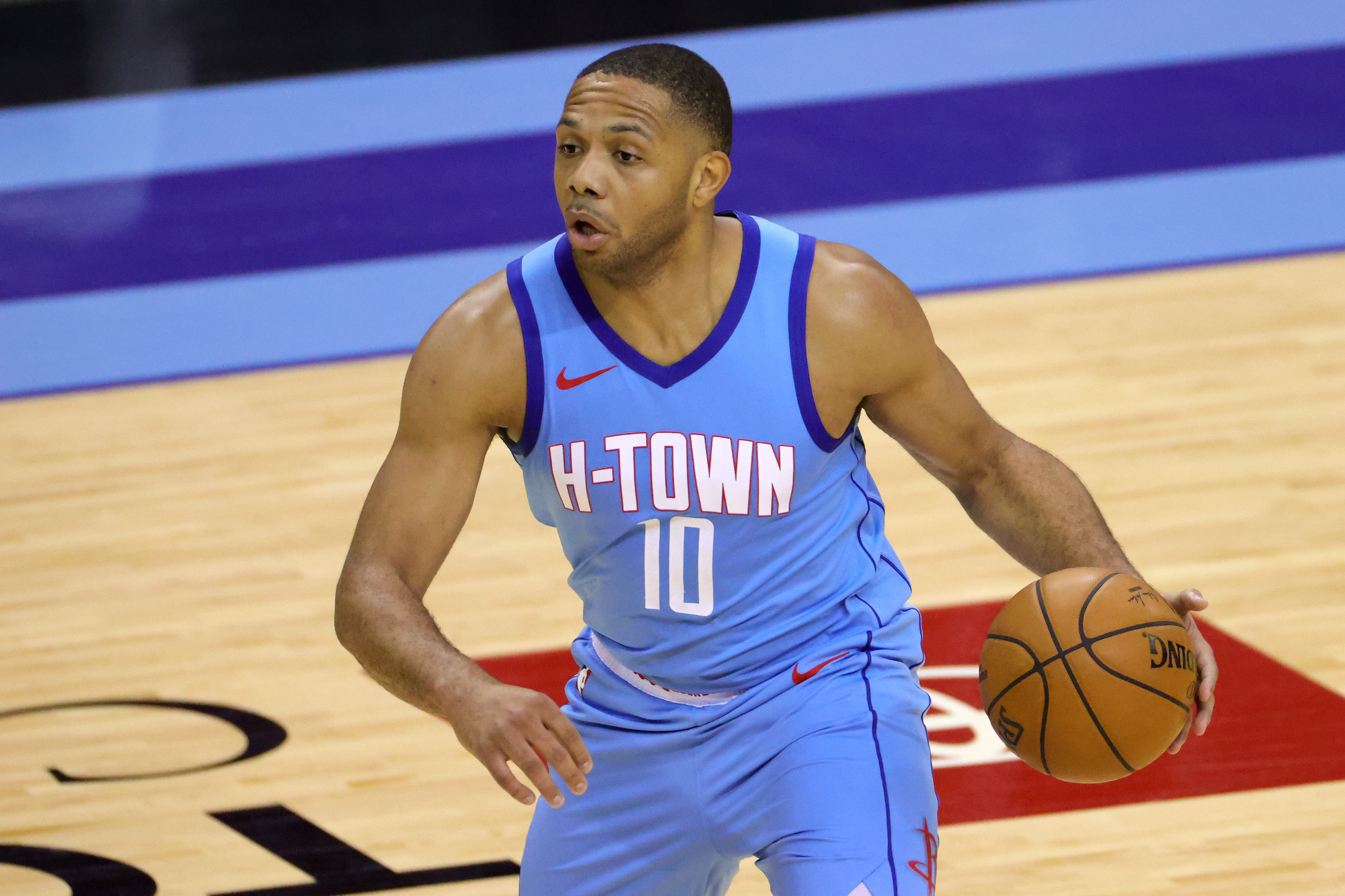 Eric Gordon making plays for the Rockets