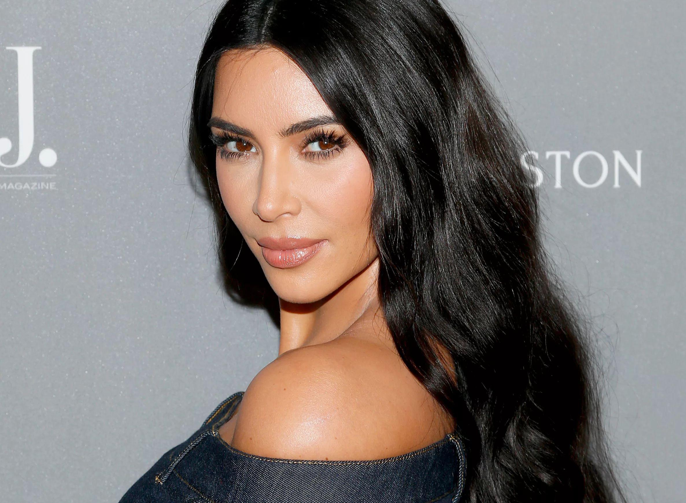 Kim Kardashian with hair down