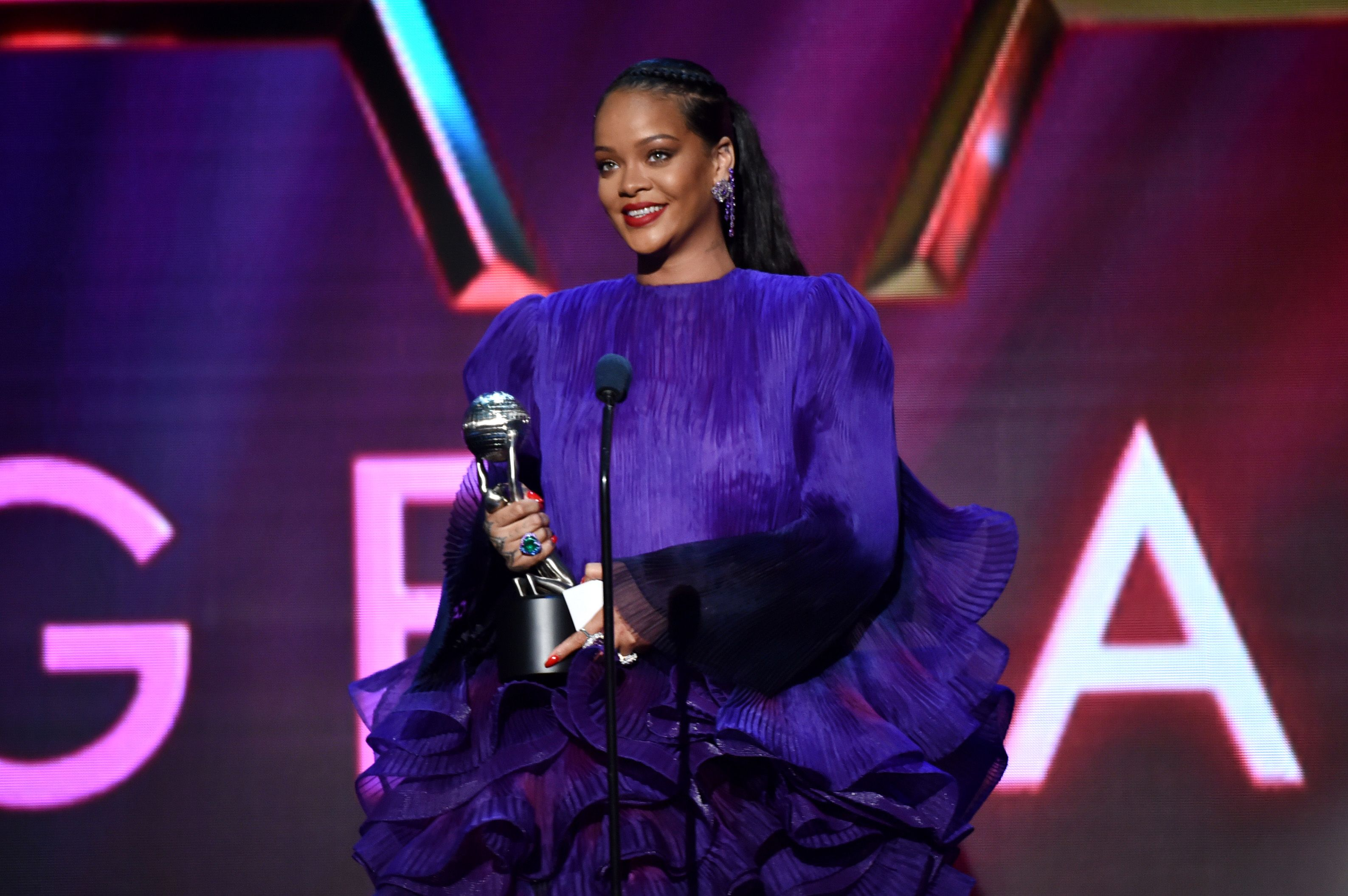 Rihanna on the NAACP awards stage.