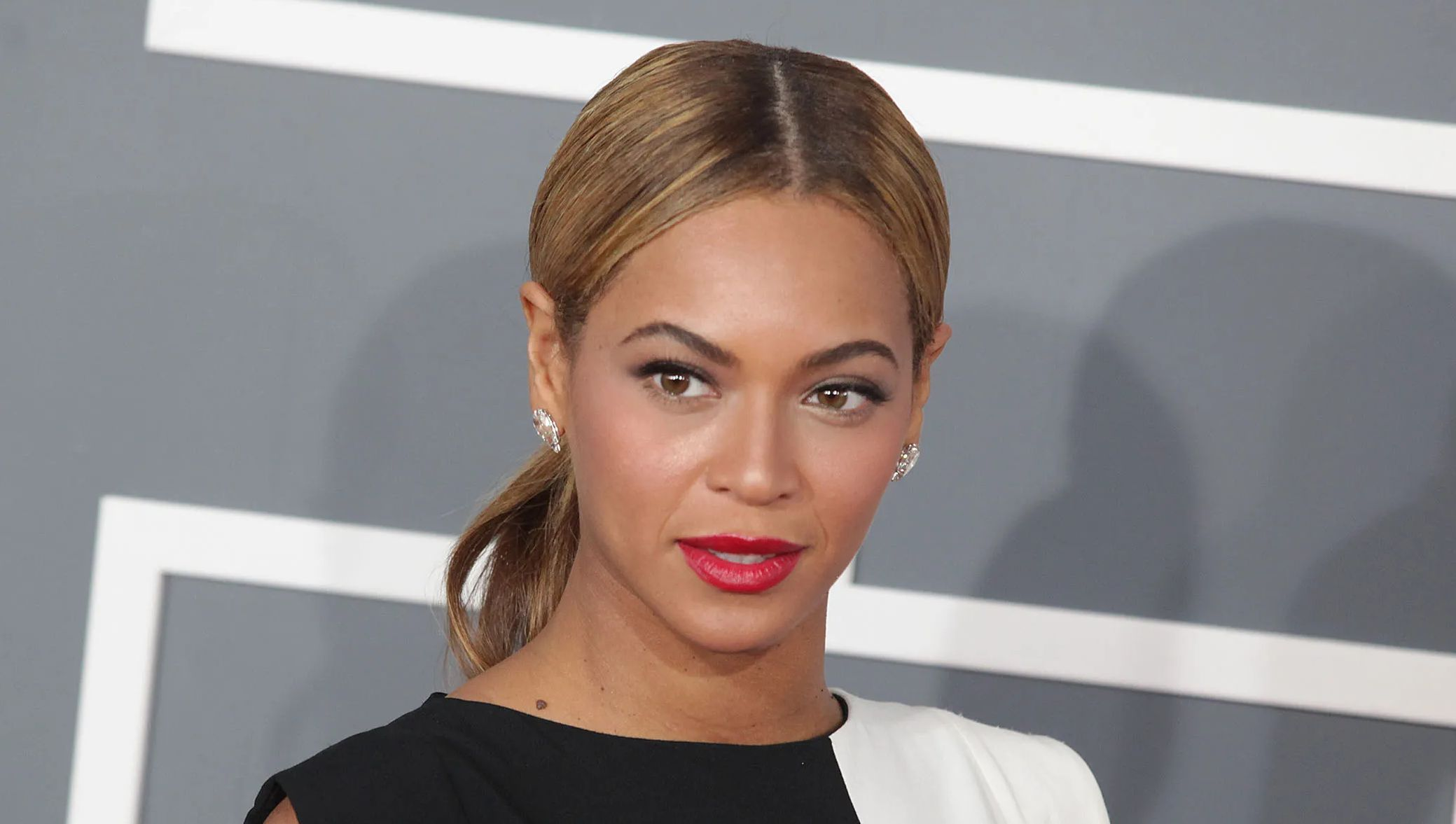 Beyonce on the red carpet.