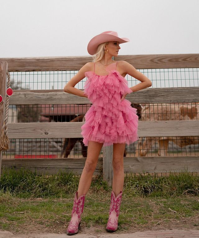 Nastia Liukin in pink cowgirl outfit