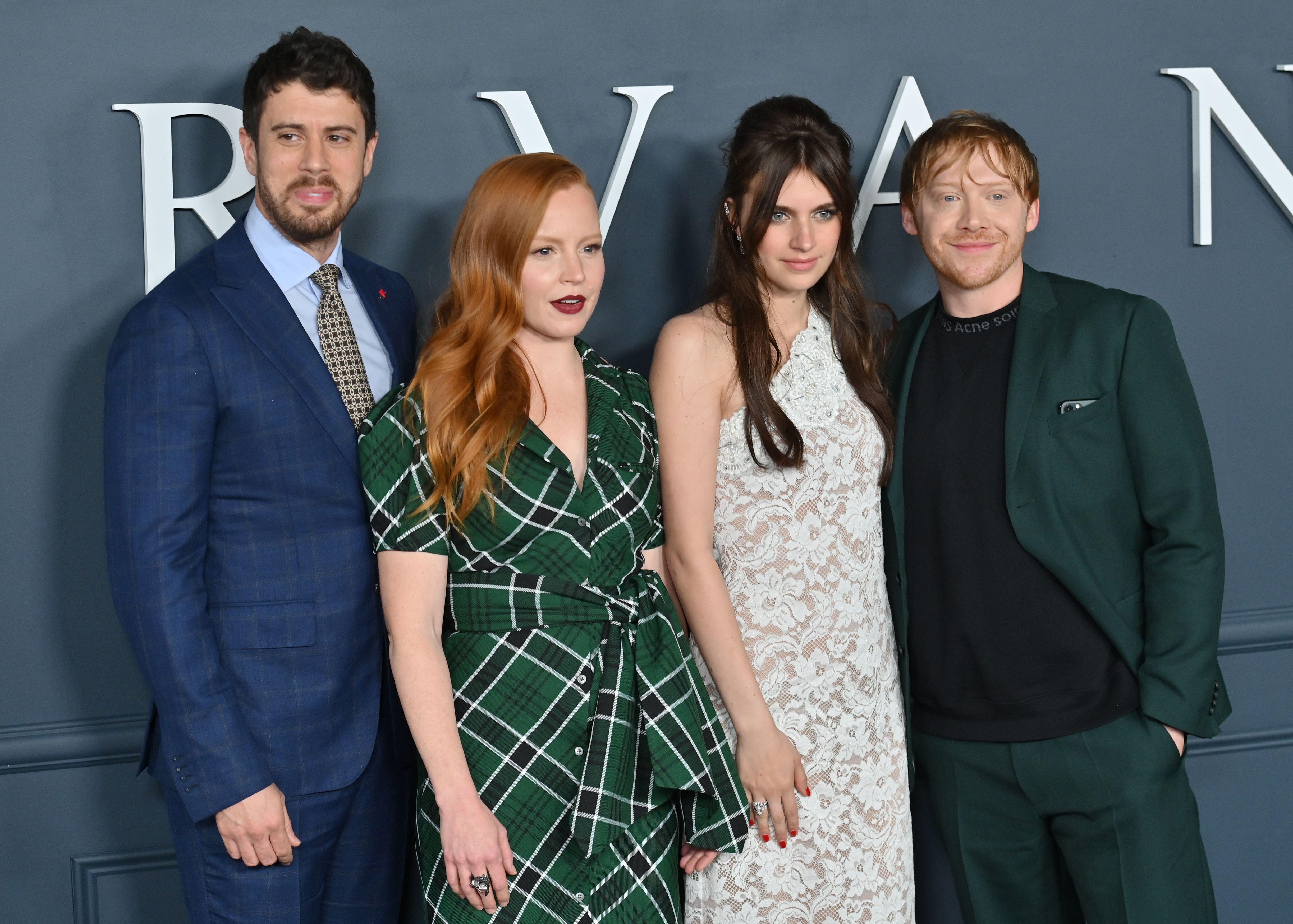 """Servant"" cast at season one premiere"