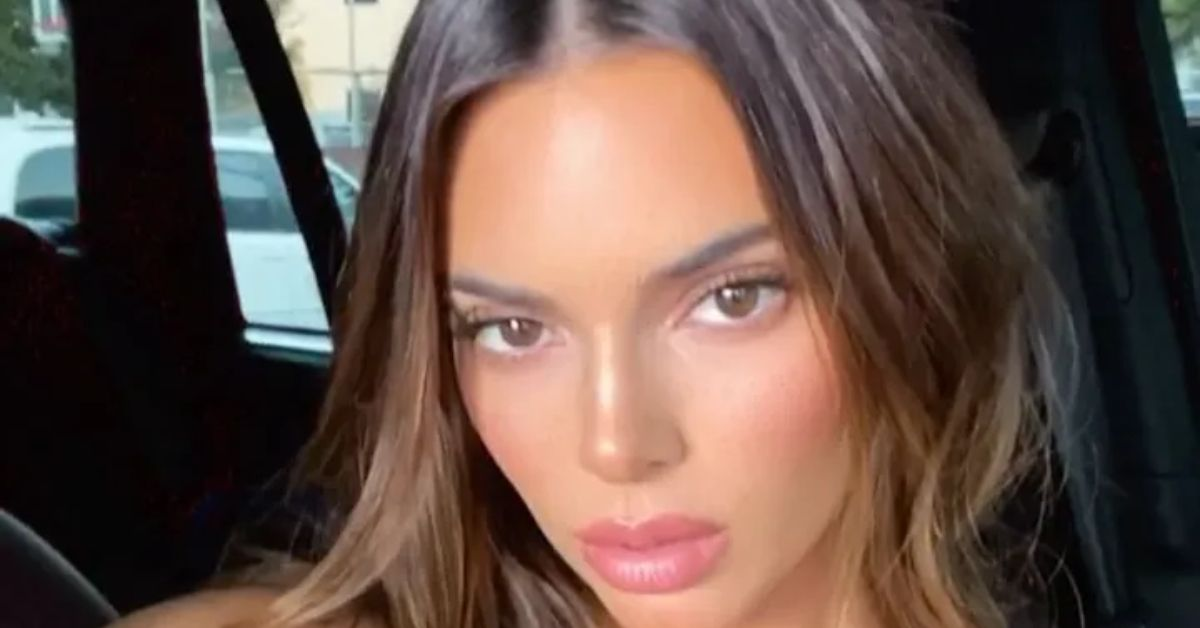 Kendall Jenner Playfully Tugs Her Bikini Bottoms From Secret Tropical Location - The Blast
