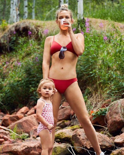 Kate Hudson poses alongside her daughter Rani.