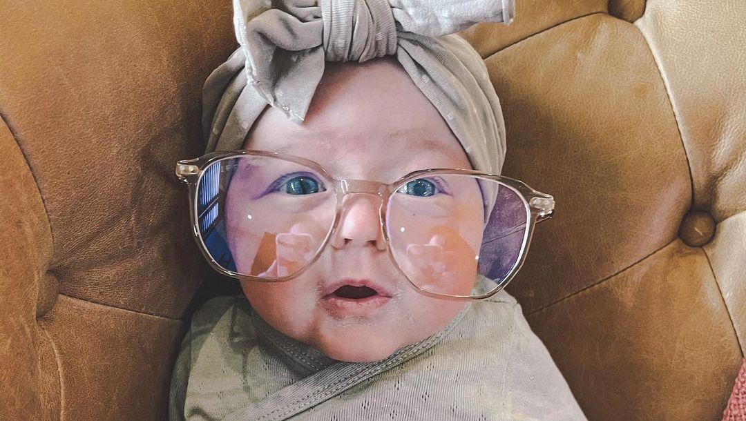 Chelsea Houska's baby in glasses