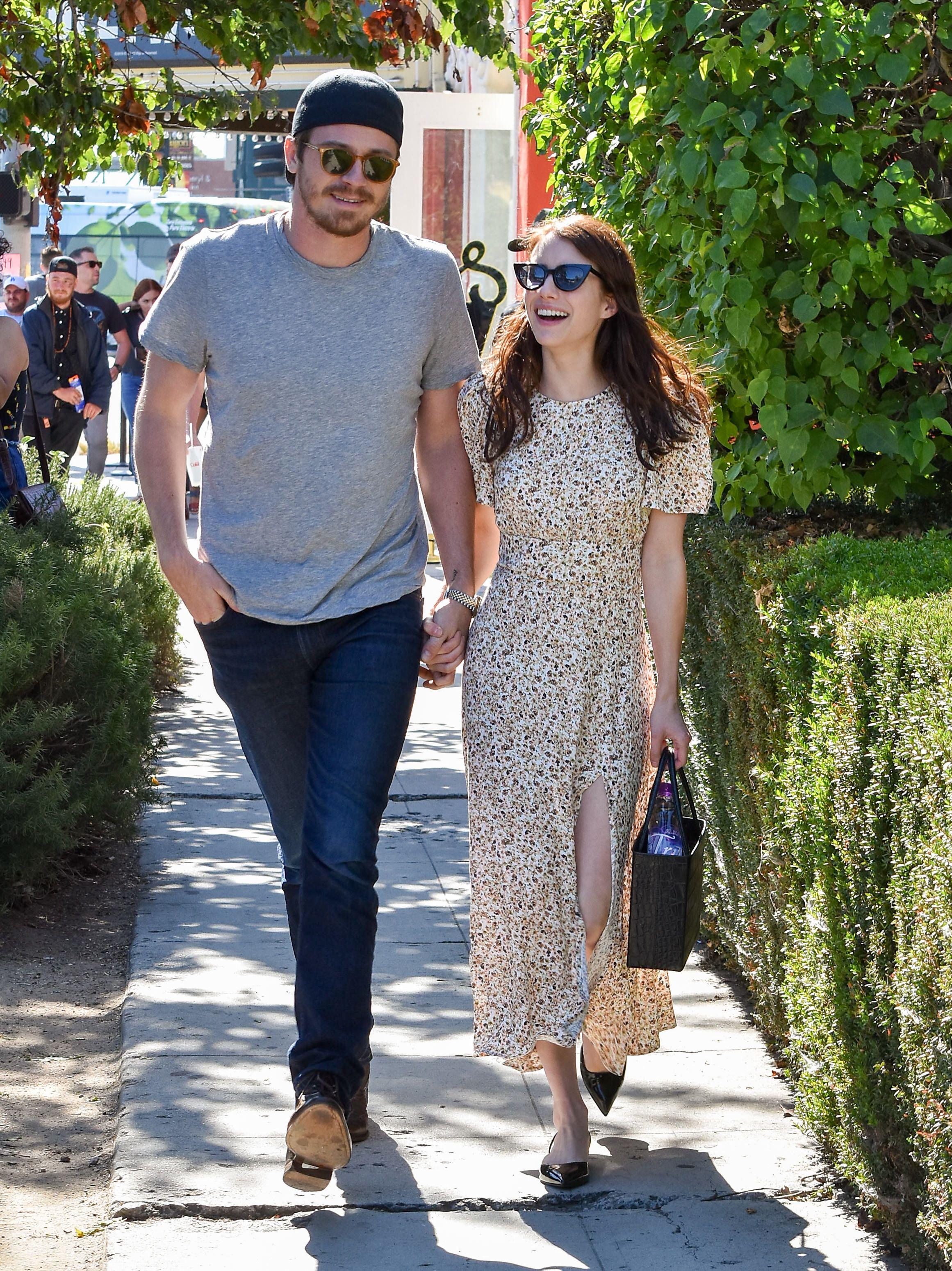 Emma Roberts And Garrett Hedlund Take A Stroll In La Ahead Of One Year Anniversary