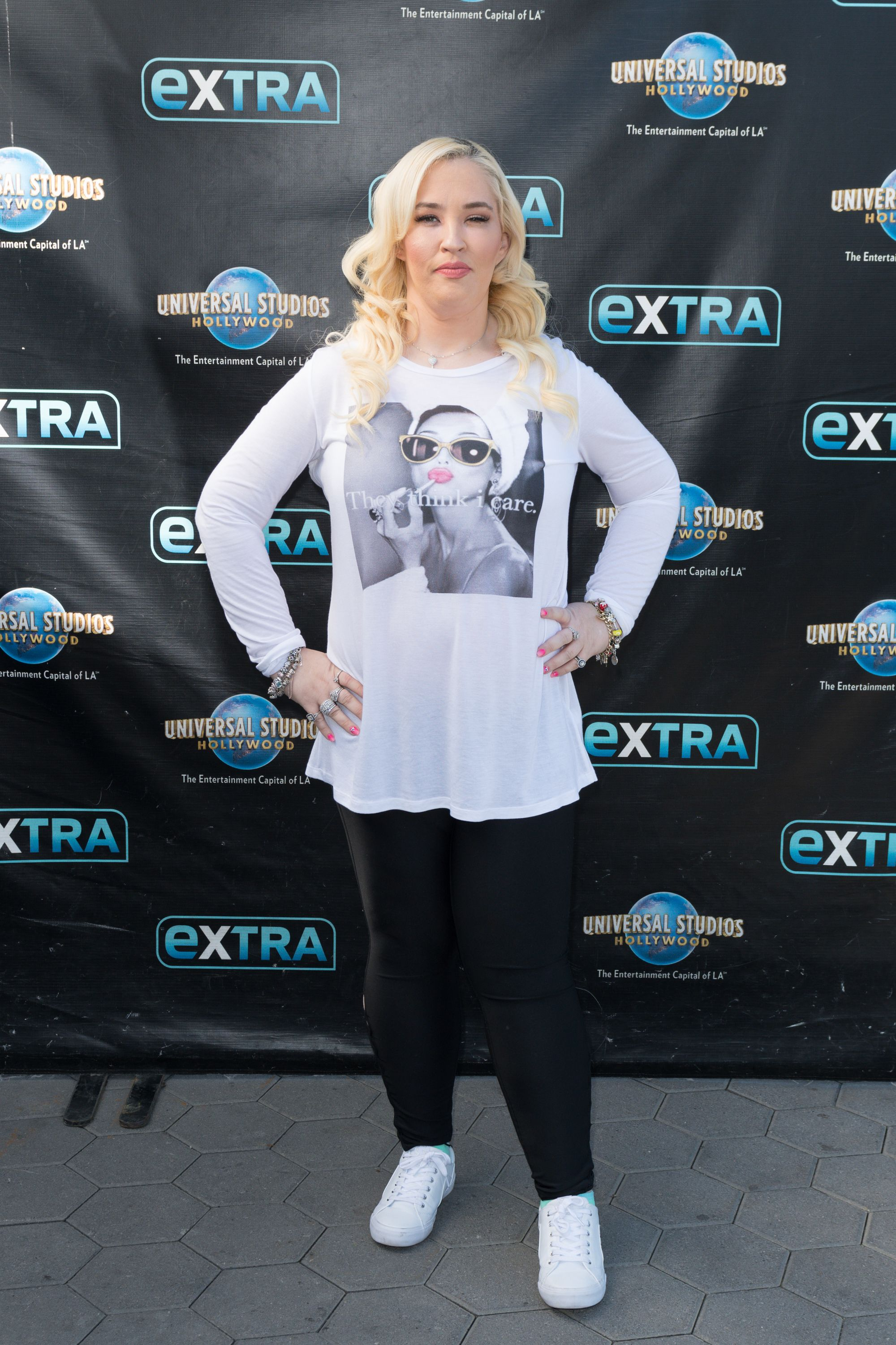 Mama June Shannon posing at event