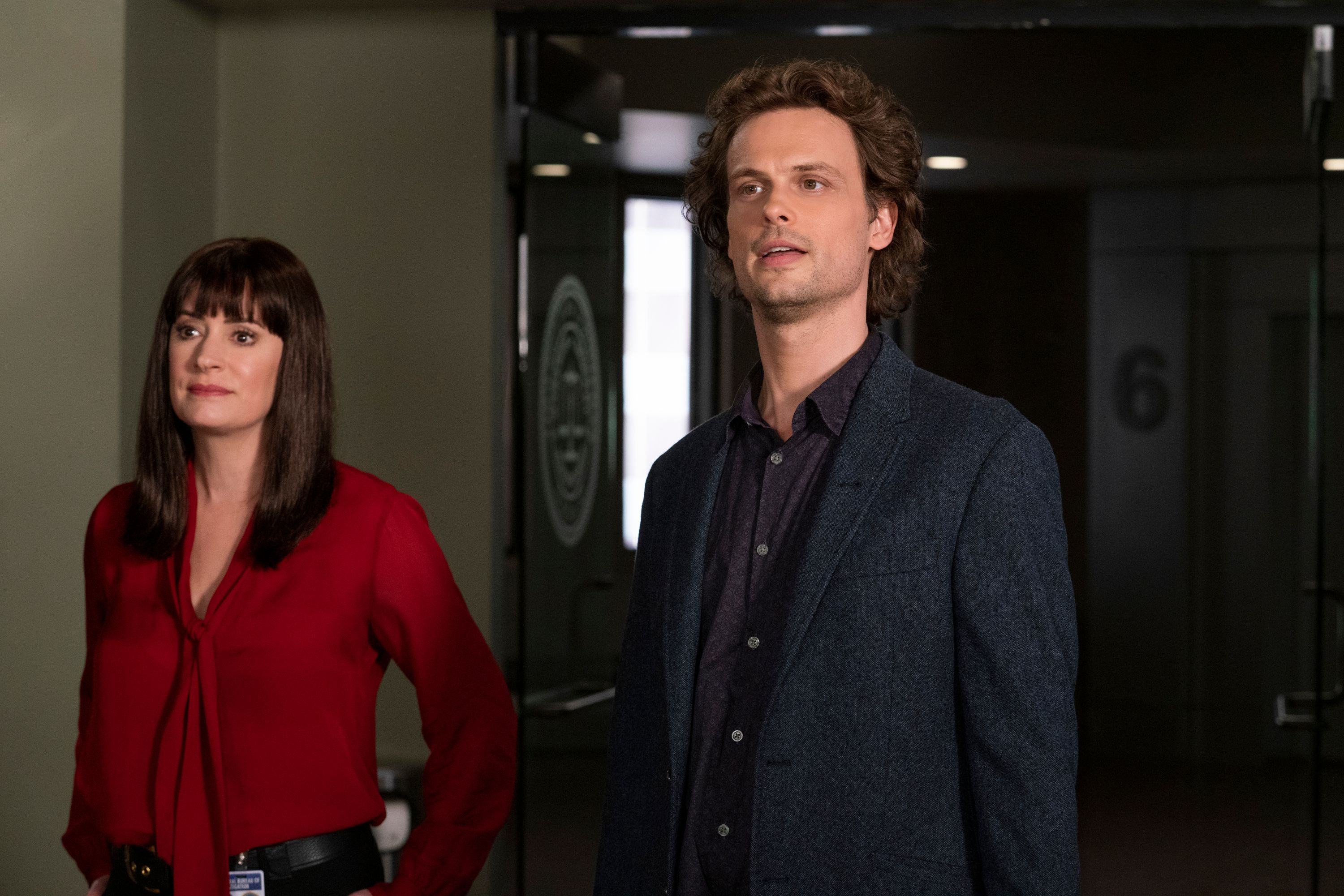 Paget Brewster as Emily Prentiss and Matthew Gray Gubler as Dr. Spencer Reid in Criminal Minds.