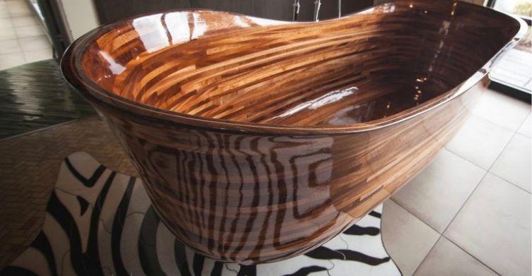 Former Boat Builder Creates Stunning Wooden Bathtubs