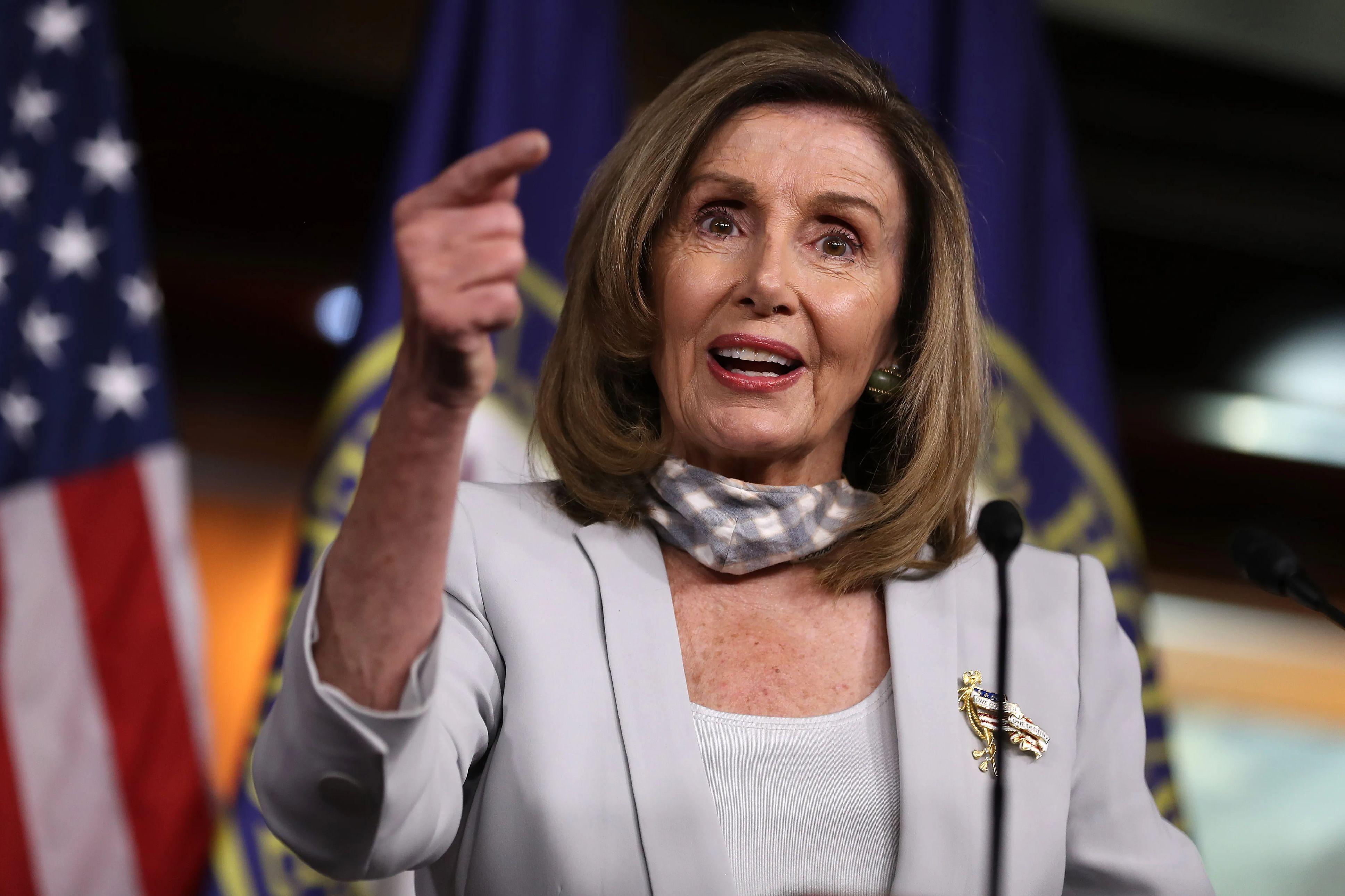 Nancy Pelosi speaks in Congress.