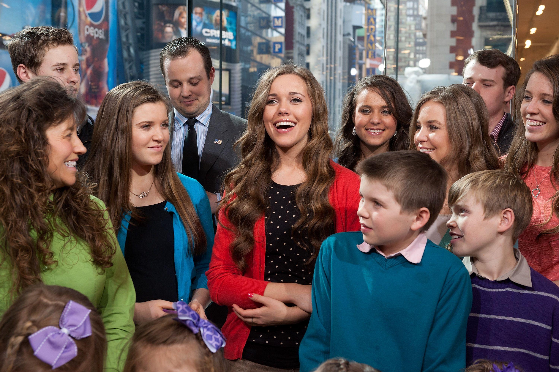 Joy-Anna and the Duggars on an early TV appearance