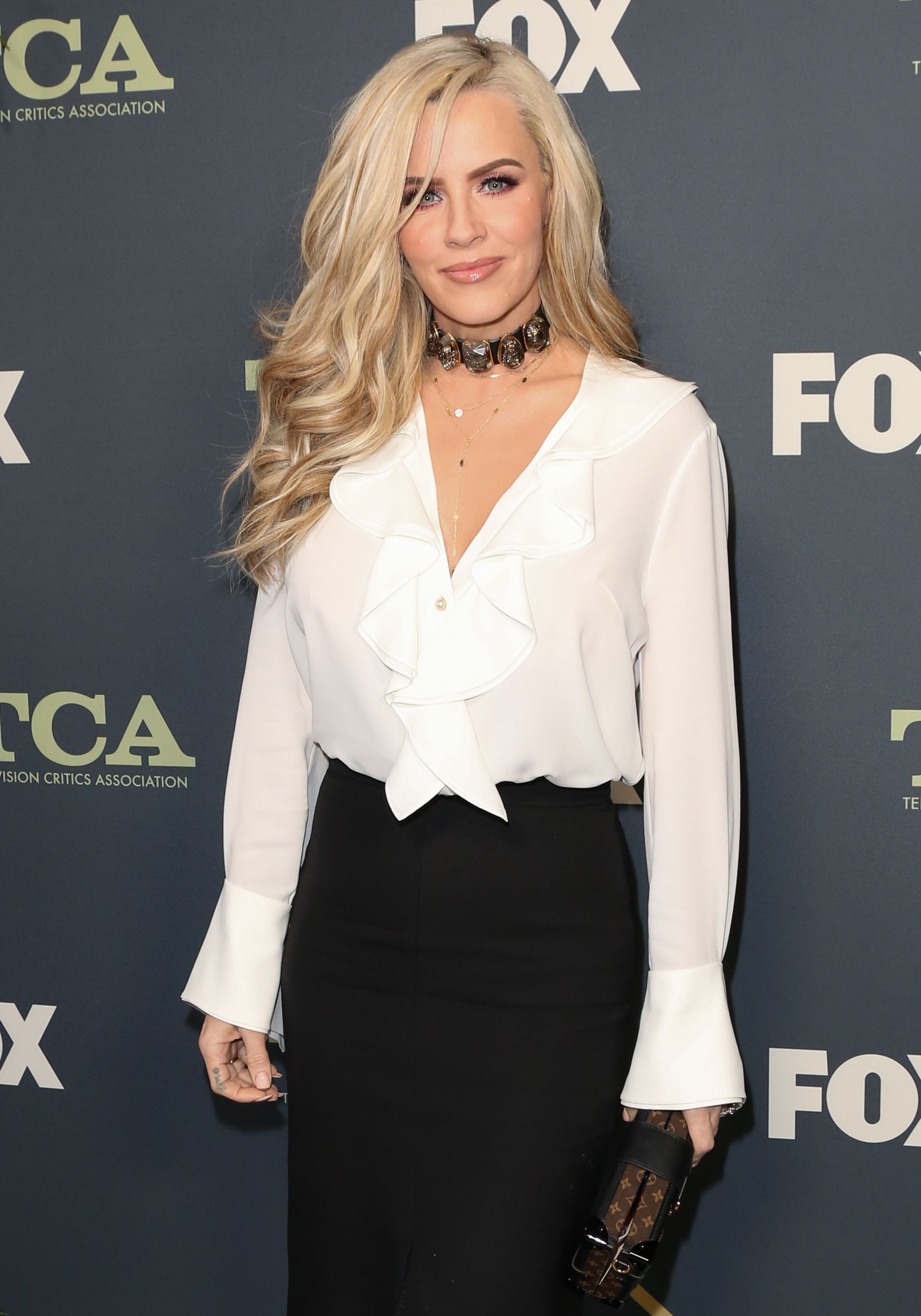 Jenny McCarthy poses on the red carpet