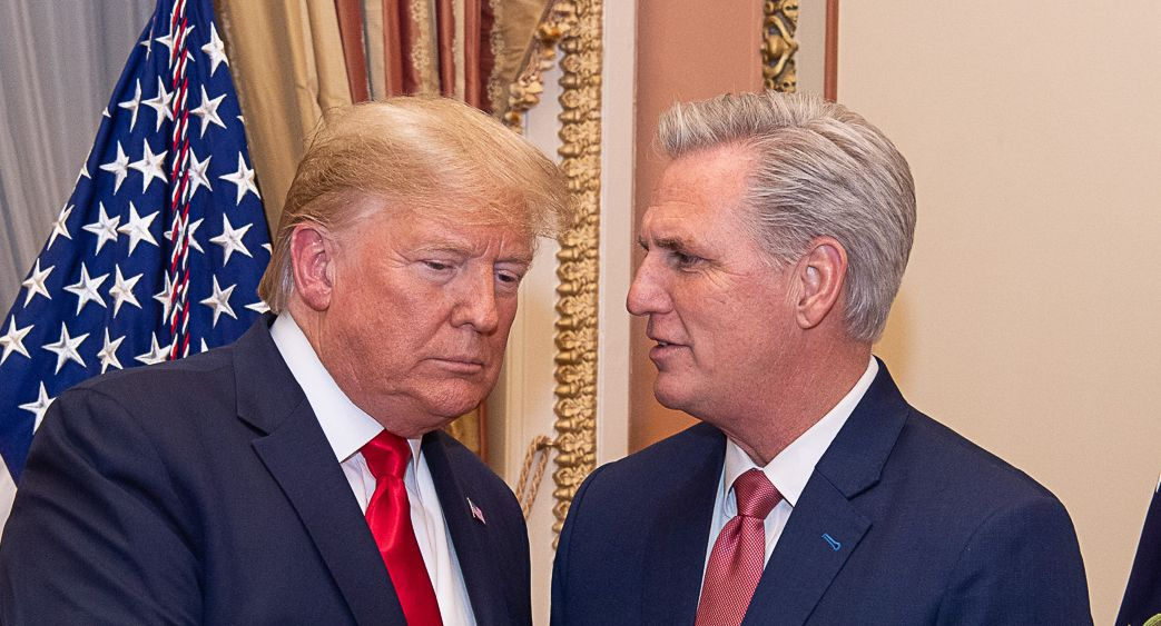 Kevin McCarthy speaks with former President Donald Trump.