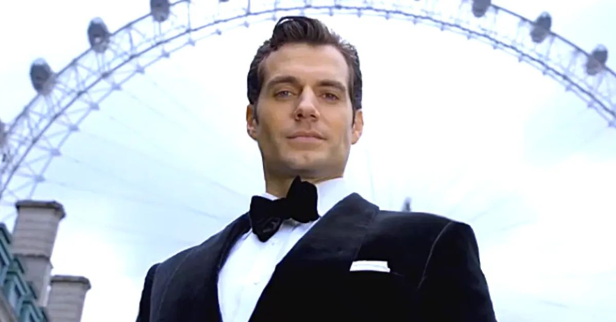 Twitter Thinks Henry Cavill Would Be The 'Perfect' James Bond