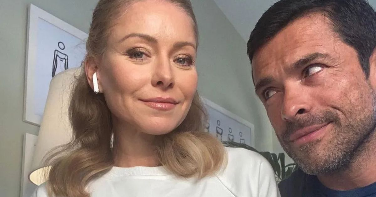 Kelly Ripa Doubles Down In Bikini With Shirtless Husband - The Blast