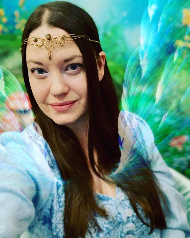 Woman Believes She's An Elf And Helps Others Achieve 'Higher