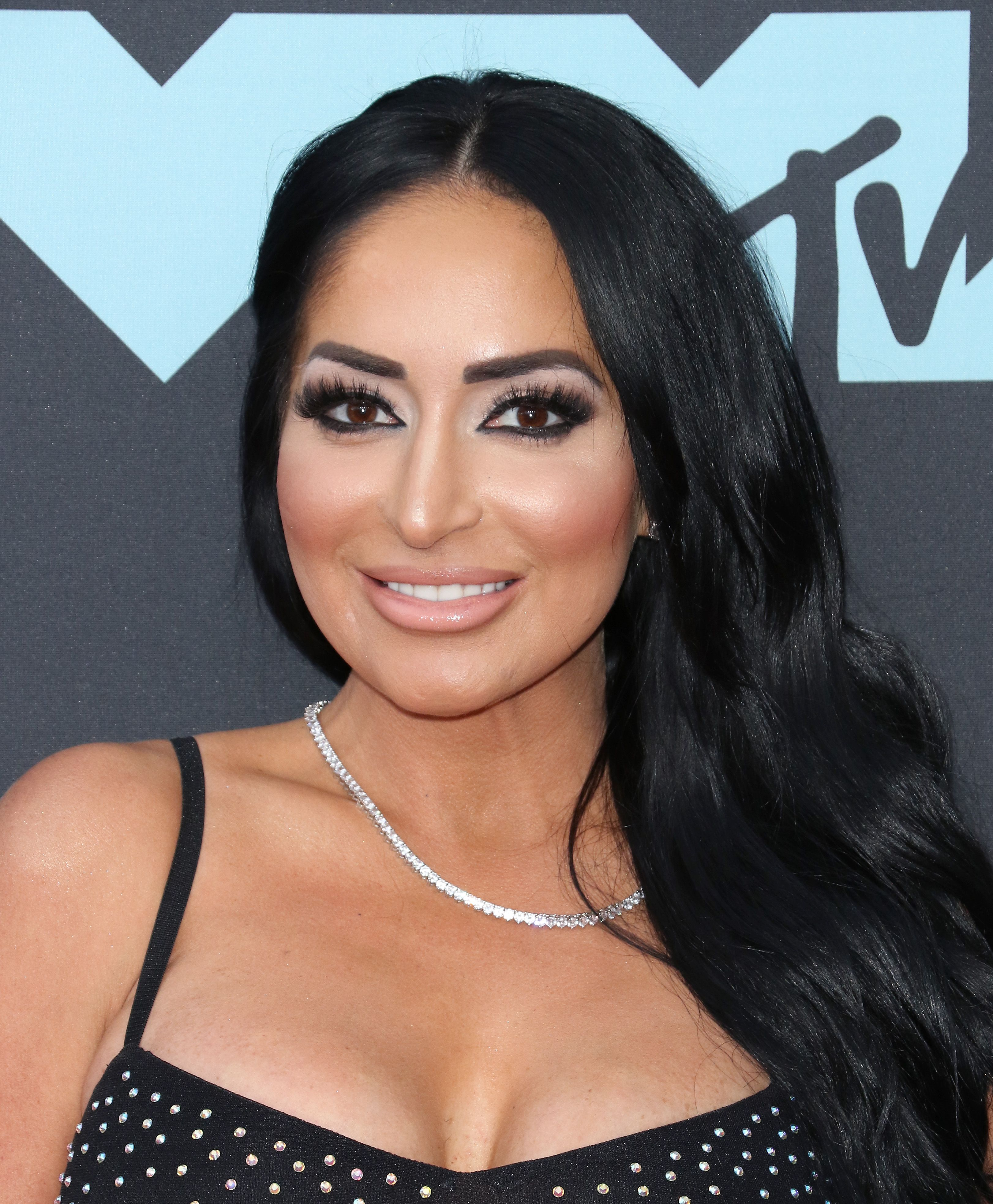 Angelina Jersey Shore Sexy angelina pivarnick wants a fresh start