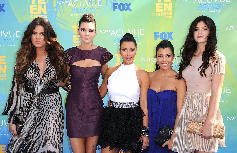 Khloe Kardashian, Kylie Jenner, Kim Kardashian, Kourtney Kardashian, and Kylie Jenner