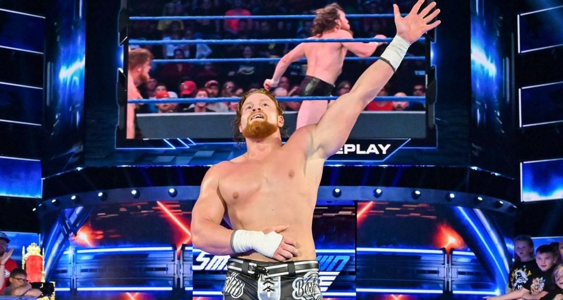 Murphy (then Buddy Murphy) celebrates a victory over Daniel Bryan on a 2019 episode of SmackDown Live.