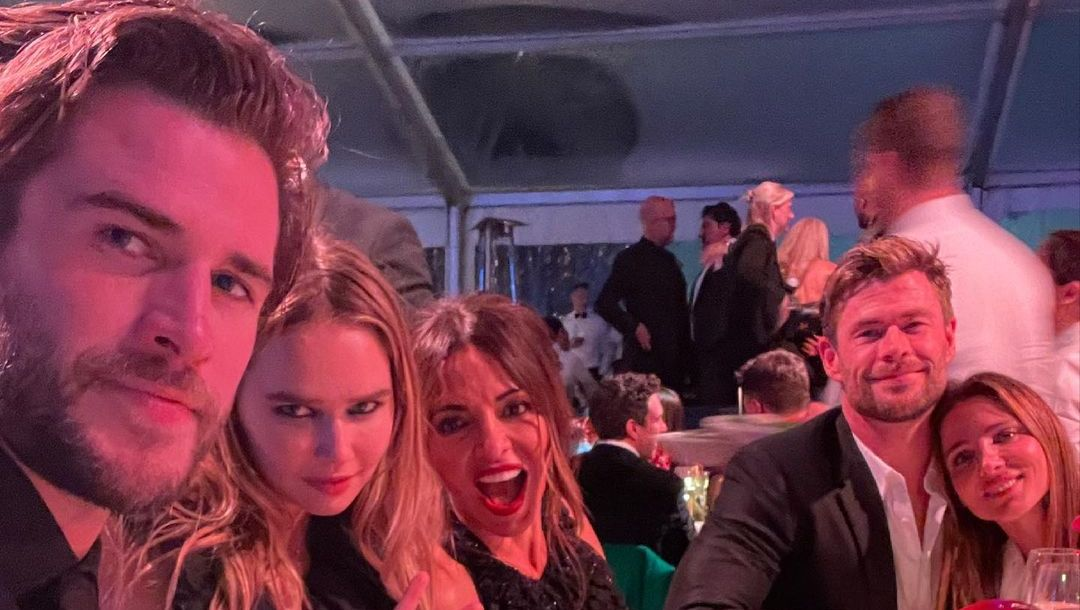 Liam and Chris Hemsworth with their significant others.