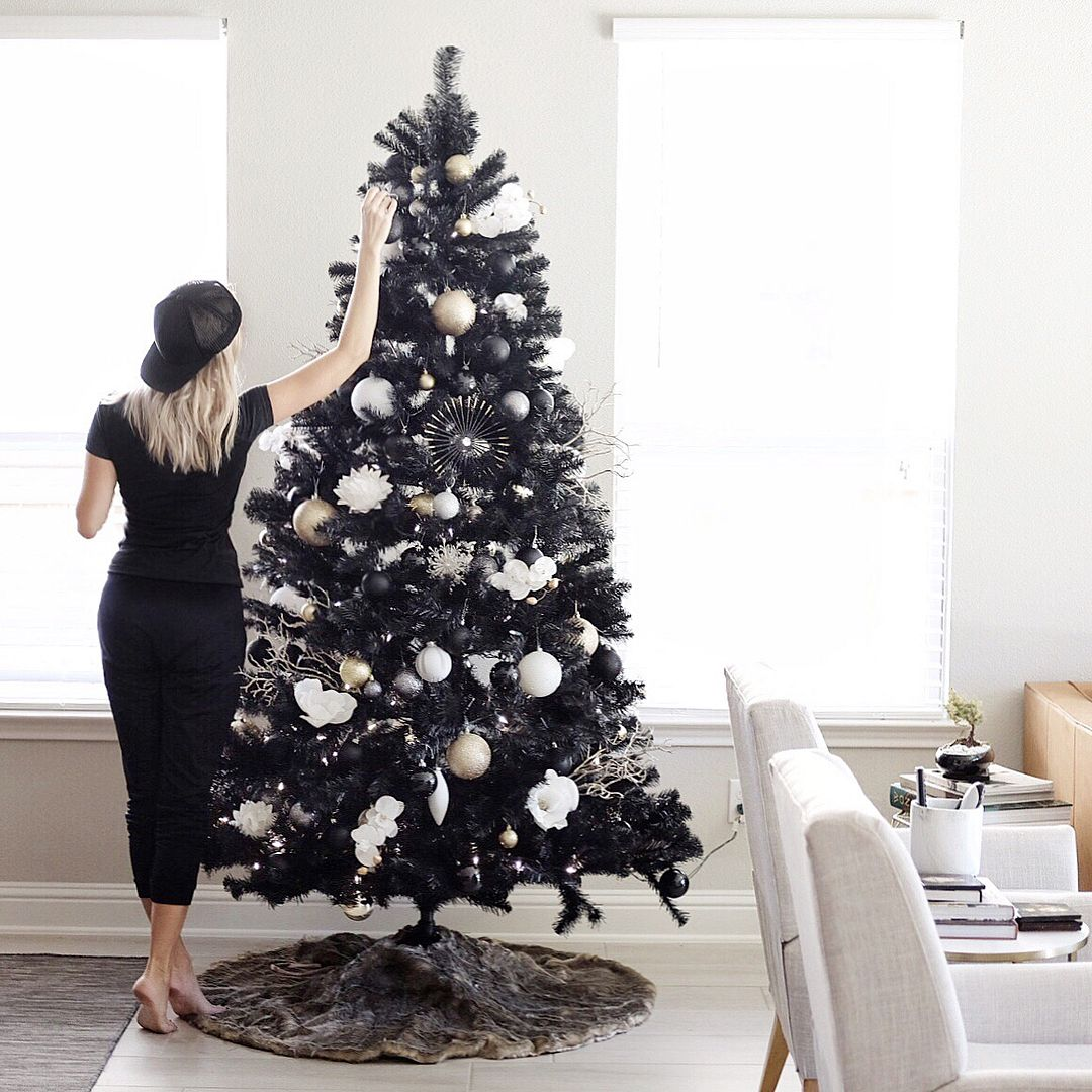 People Are Joining The Dark Side This Winter With Jet Black Christmas Trees