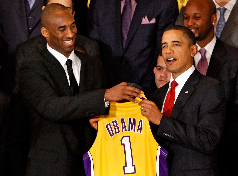 نتيجة بحث الصور عن Kobe Bryant and President Obama