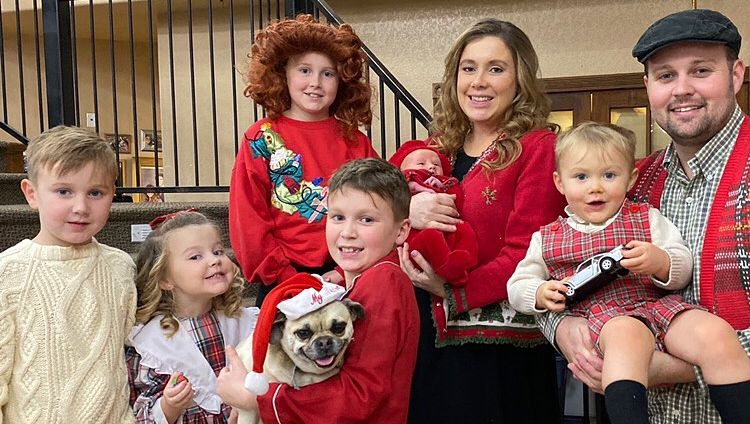 Josh Duggar family photo