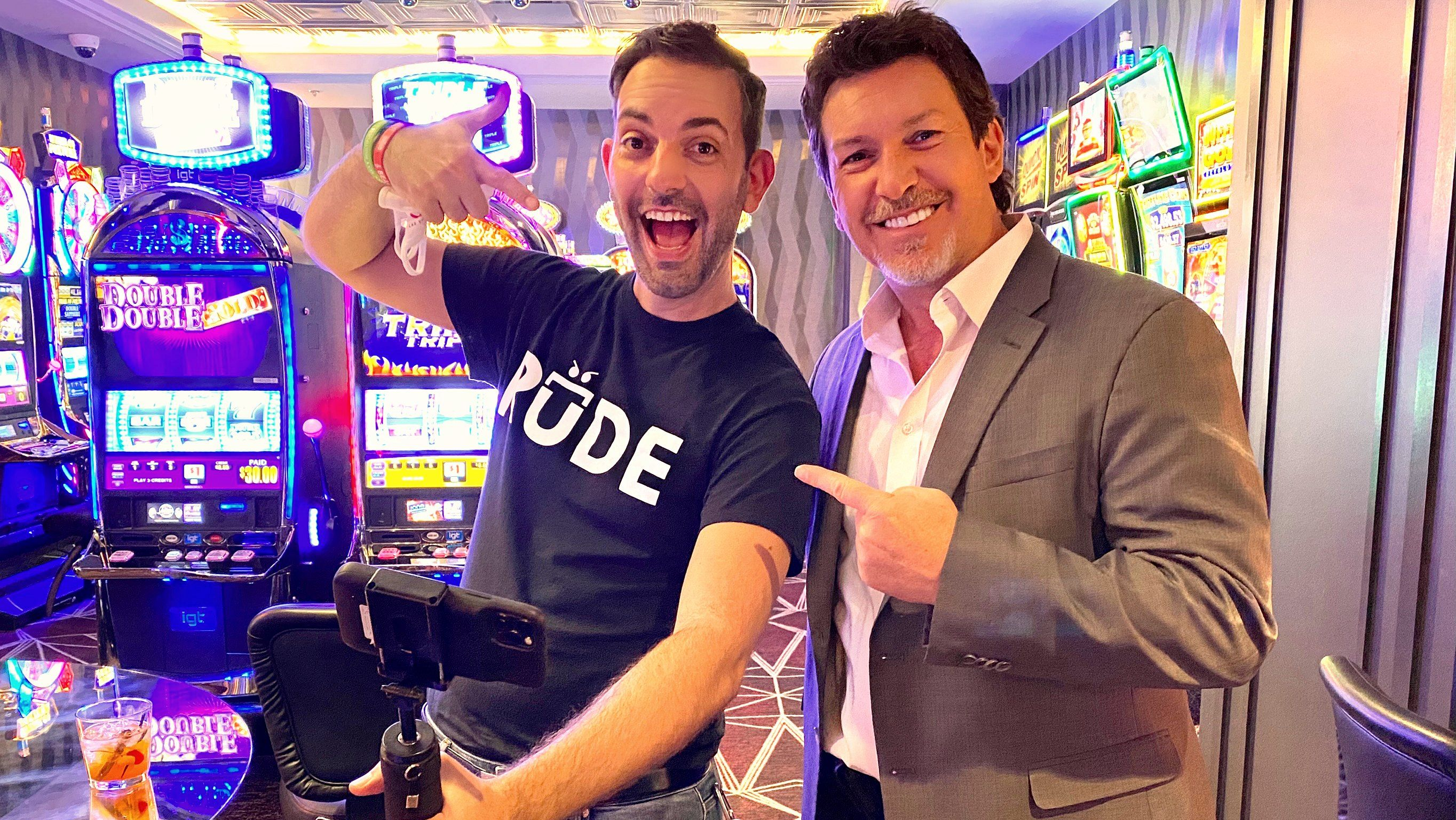 YouTube Slots Star Takes On Las Vegas Casinos After Reopening, See How He  Did!