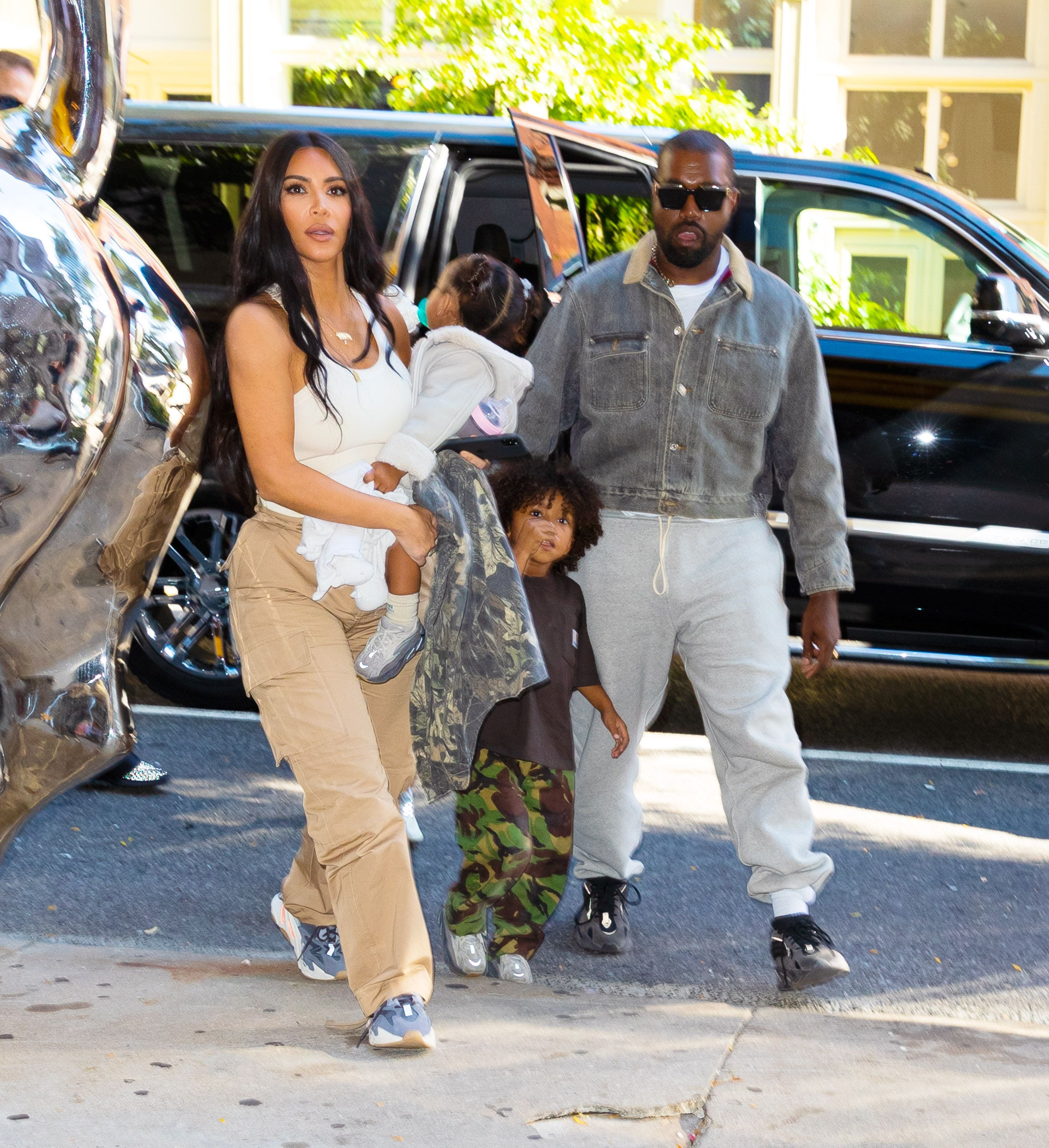Kanye West Gives Wife A Break By Taking The Kids To Wyoming