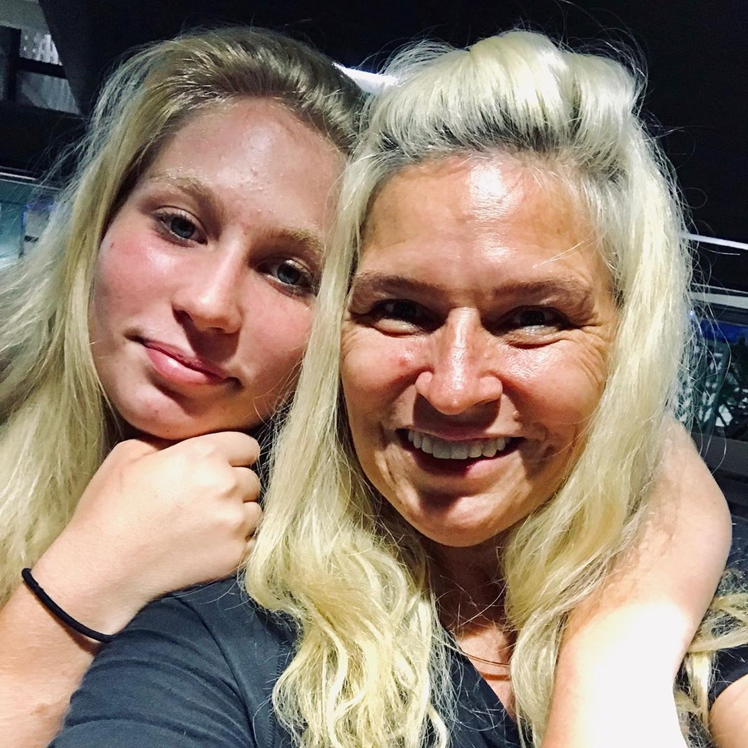 Beth Chapman's Family Share Emotional Tributes Following Her