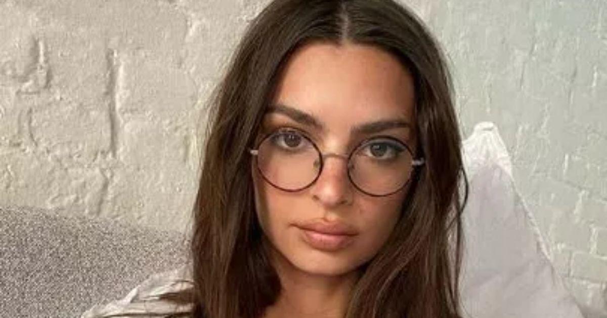 YUVGMnVQTnBCZkZPN09nZUFjVVYuanBn Emily Ratajkowski Unbothered With Pasta After Bikini Slamming 8211 The Blast