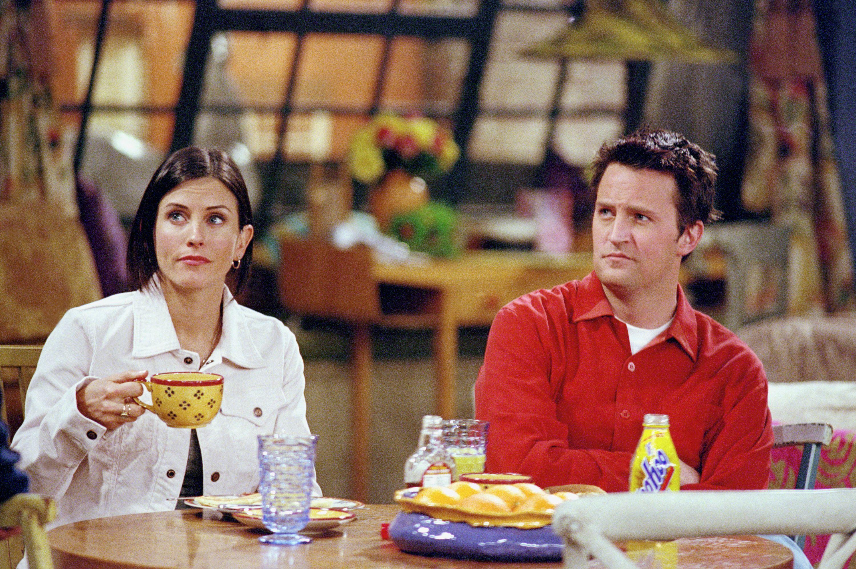Monica and Chandler having breakfast