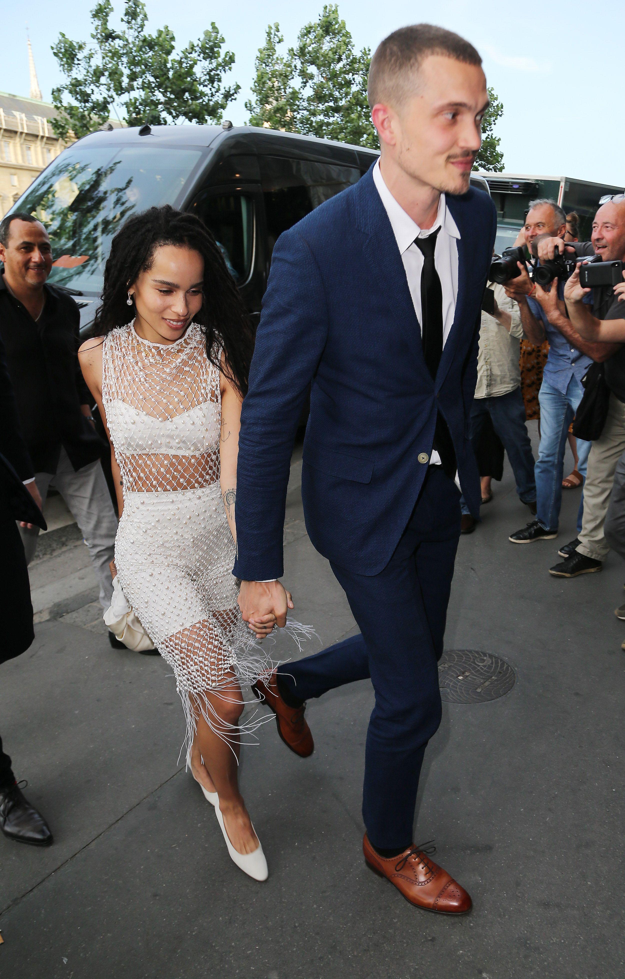 Zoe Kravitz S Bll Co Stars Arrive To Her A List Wedding