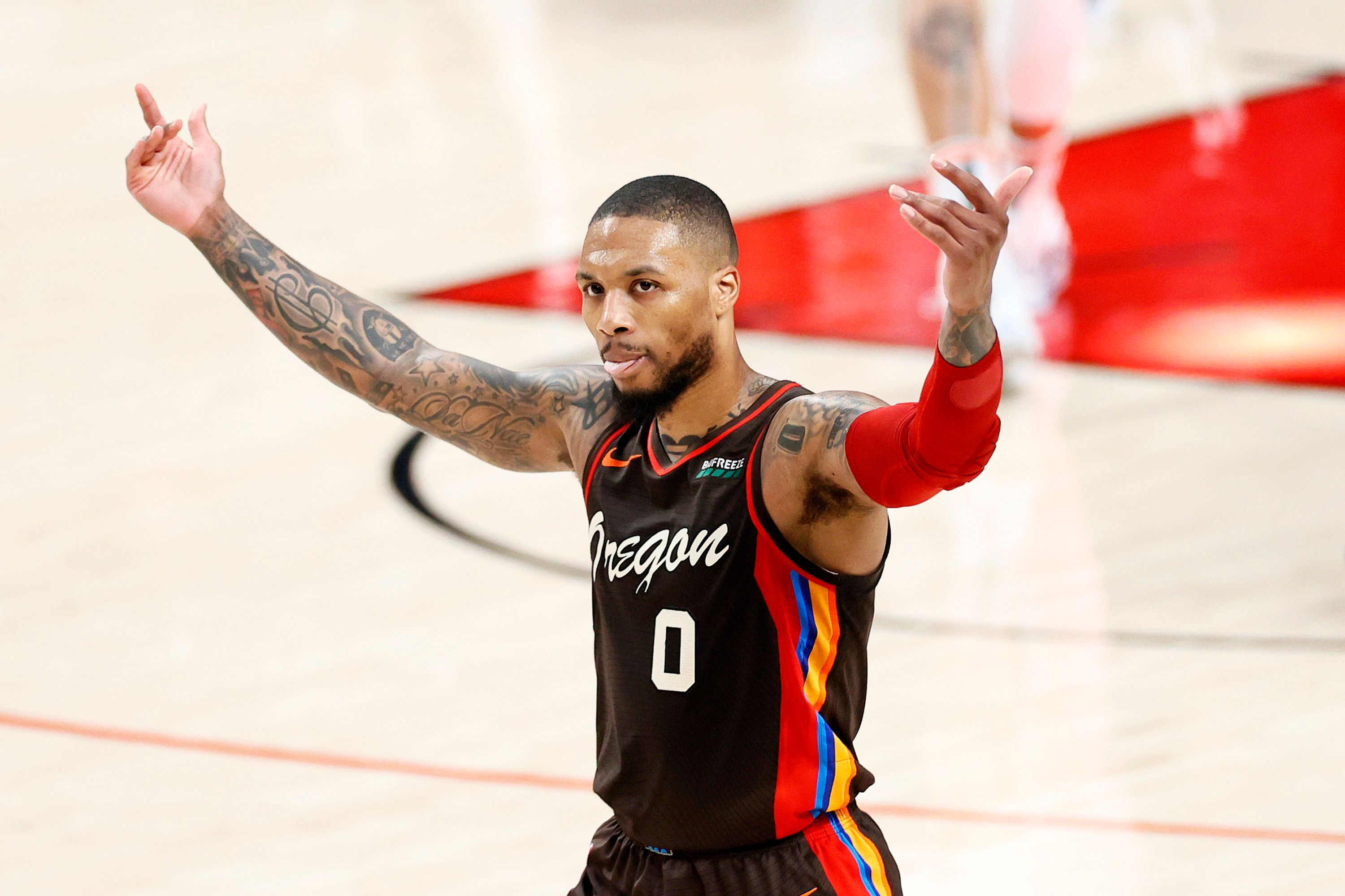 Damian Lillard requesting for a louder cheer