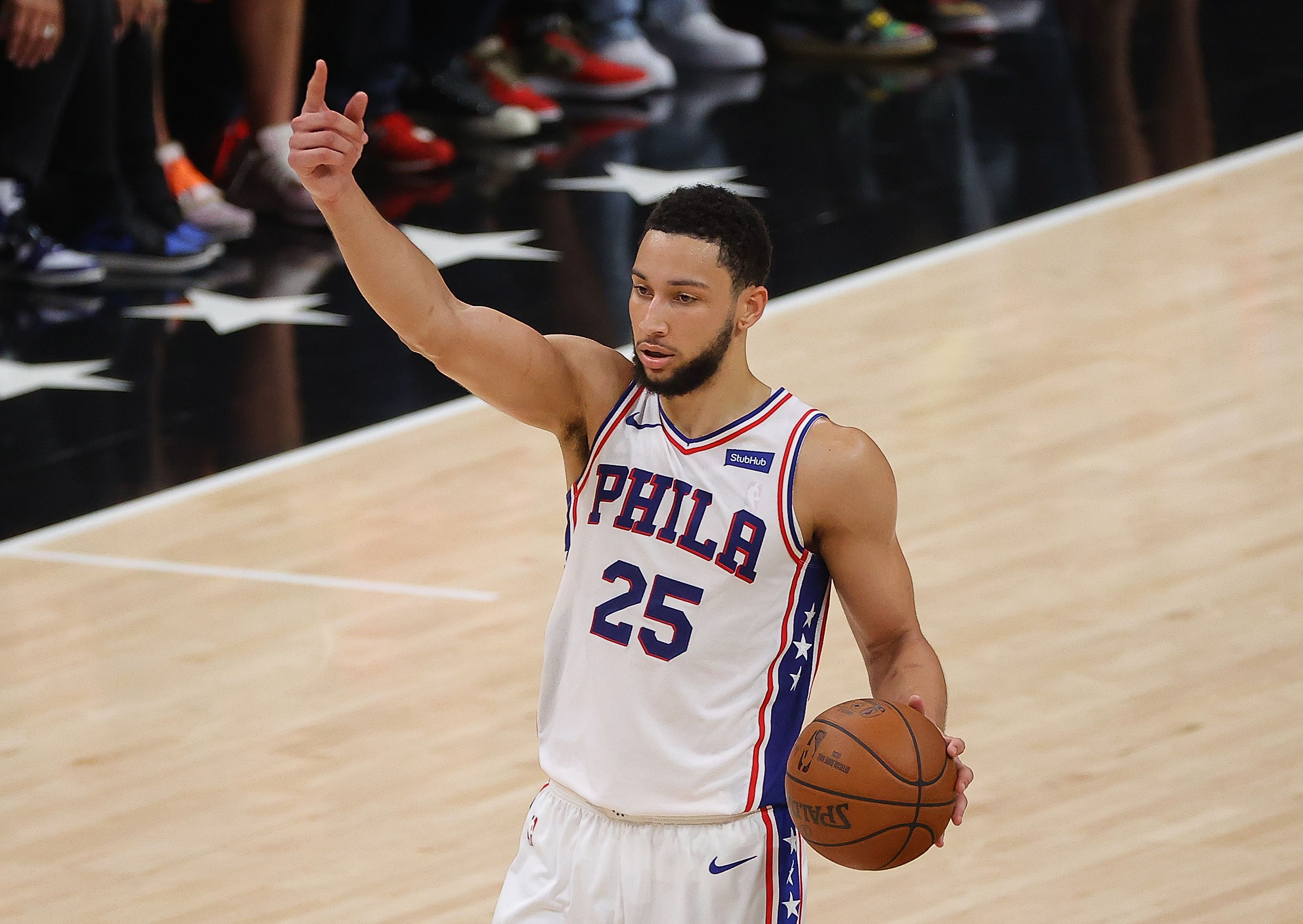 Ben Simmons running the Sixers' offense