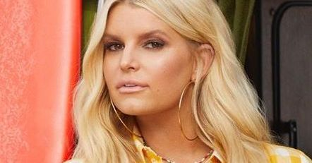 Jessica Simpson's Thigh Gap Requires Strict Safety Warning