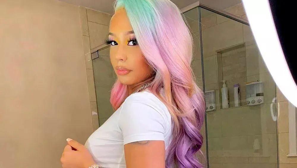 Jade poses with unicorn hair