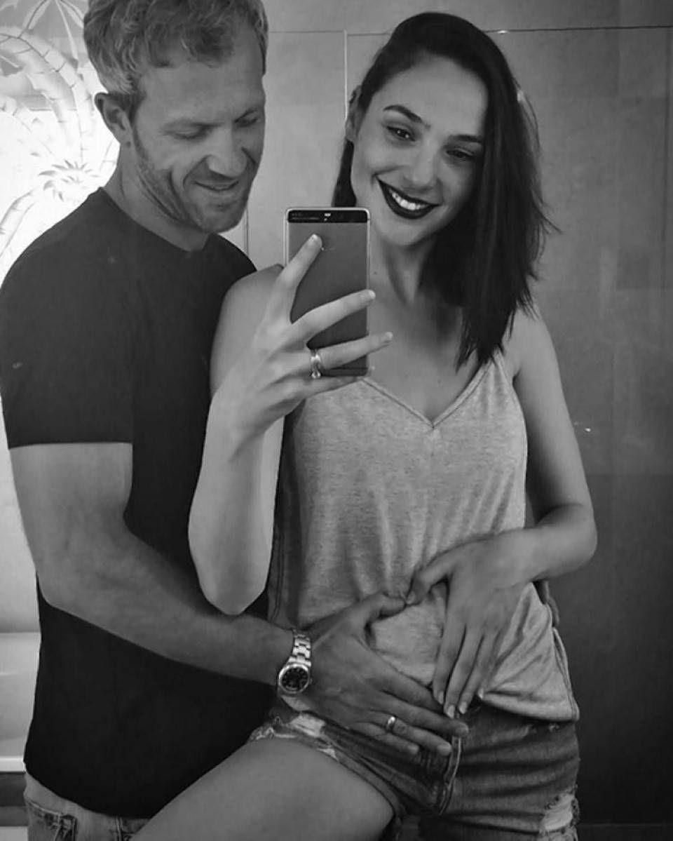Gal Gadot pregnancy selfie with husband