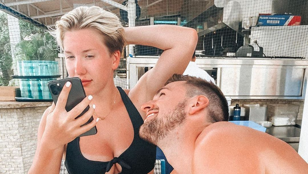 Savannah Chrisley Shows Off Killer Post Workout Body Check Out Her Shredded Abs