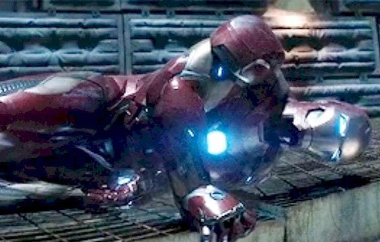 We Missed The Pattern With Iron Man's Arm Up Until 'Avengers