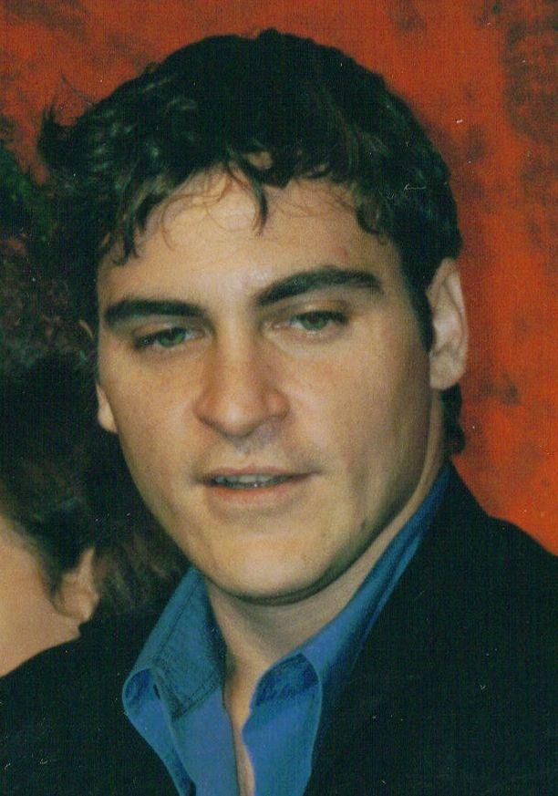 Joaquin Phoenix looks dazzling in this up-close photo.