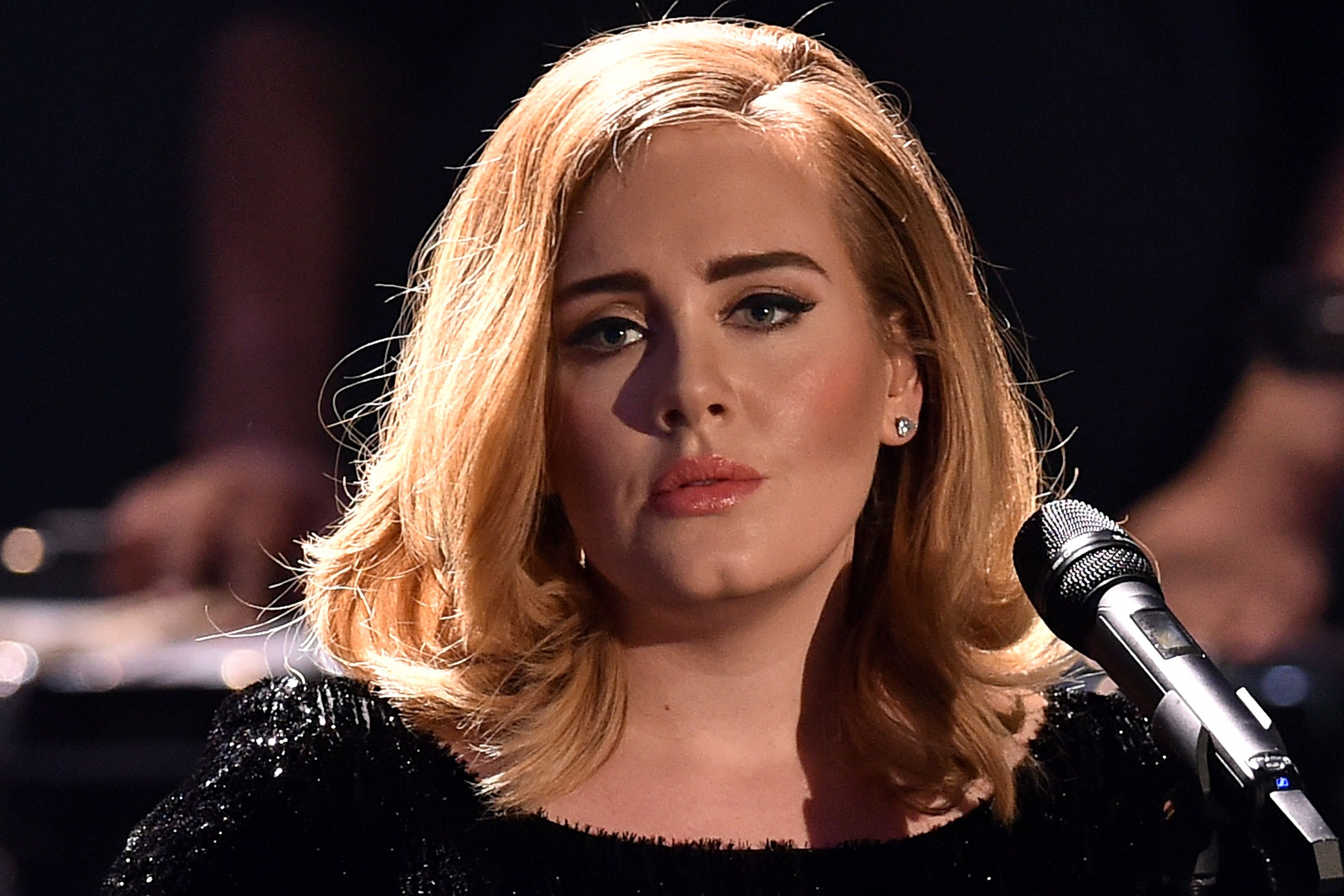 Is Adele Going Too Far In Her Weight Loss Goals Her Friends Are Deeply Concerned