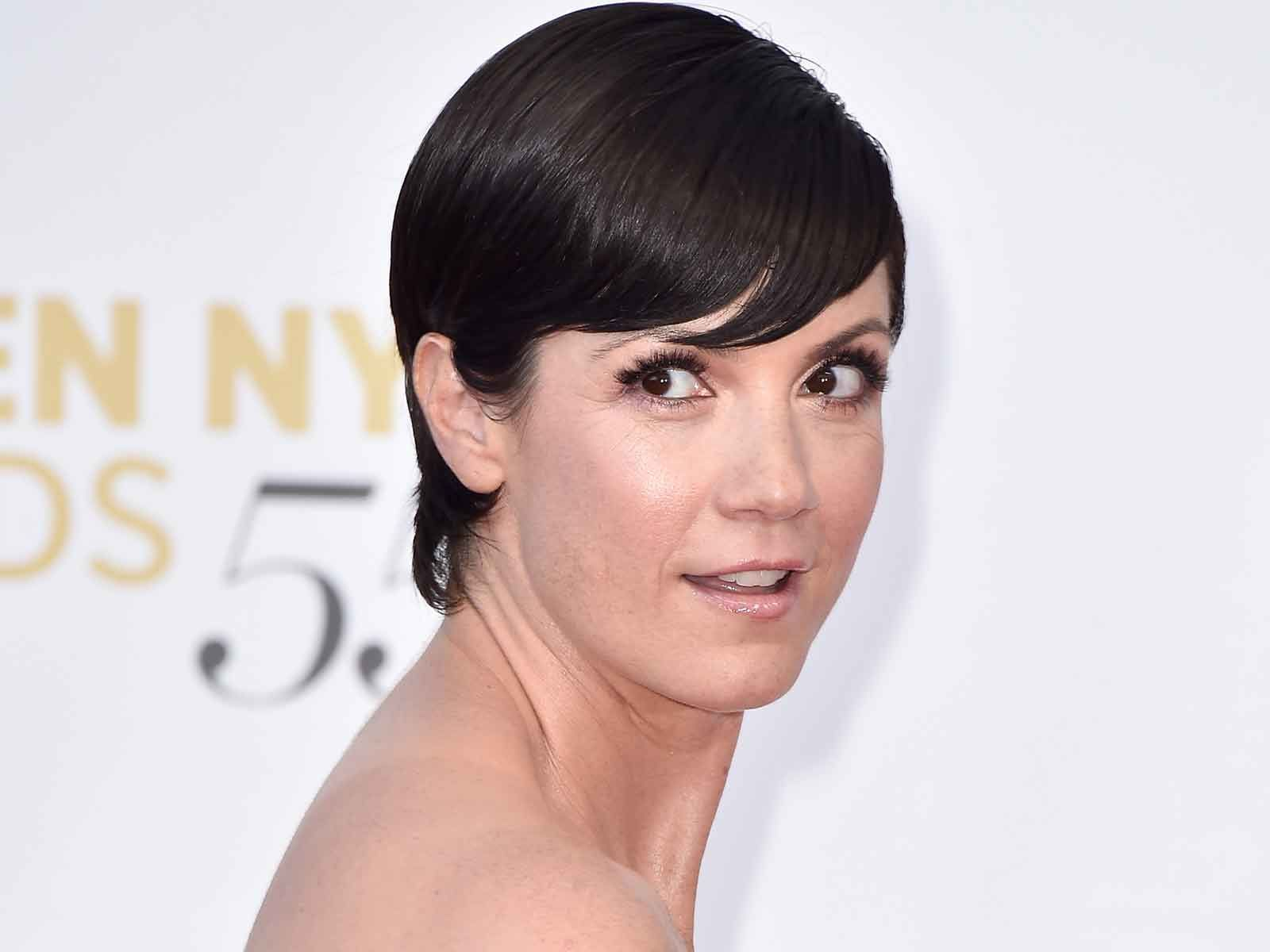 Ncis New Orleans Star Zoe Mclellan Cleared Of Child