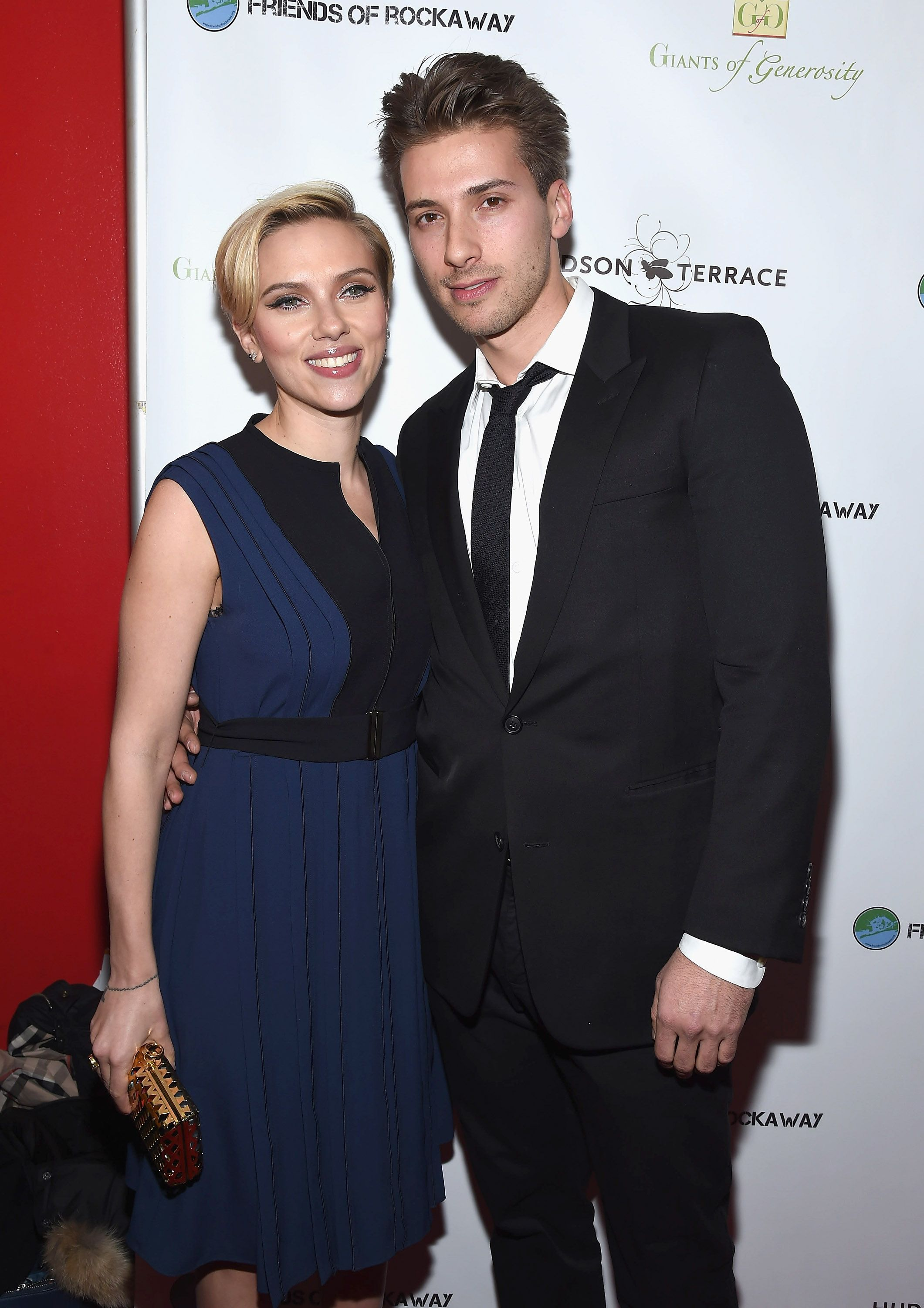 Scarlett Johansson and her twin brother