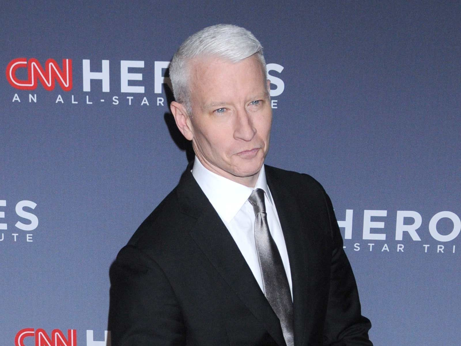 Anderson Cooper Nude Pics how did andy cohen and anderson cooper do as cnn new year's