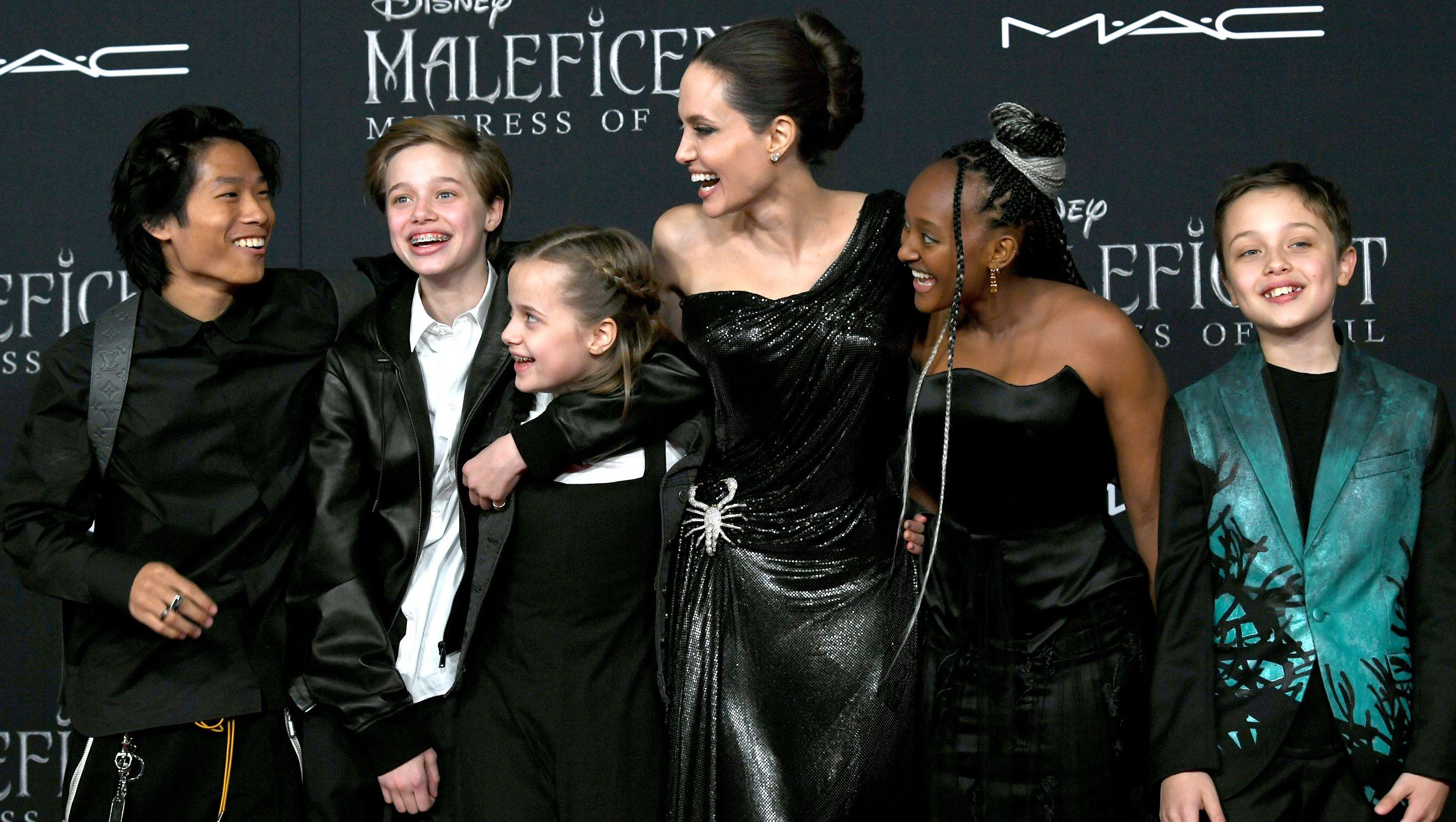 Angelina Jolie Rocks Sparkling Scorpion Dress At Maleficent