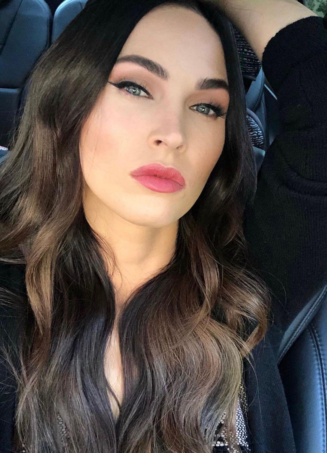 MachineGun Kelly Megan Fox poses for a selfie